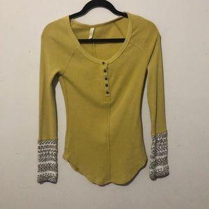 Free People Alpine Cuff Thermal SZ S Yellow Shirt